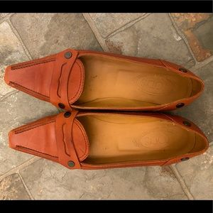 Tods leather shoes!